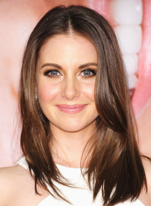 Alison Brie Plastic Surgery before and after